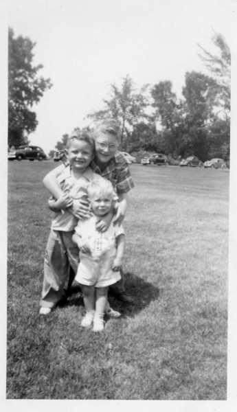 Dan, Tommy, Steve in 1949